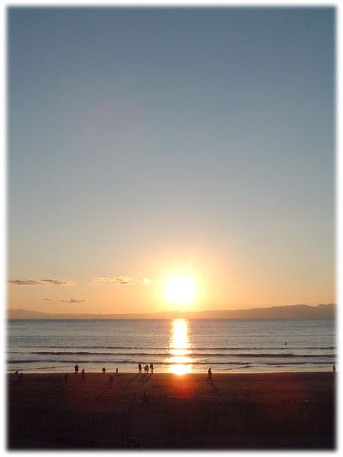 070106_Beach_sunset.jpg