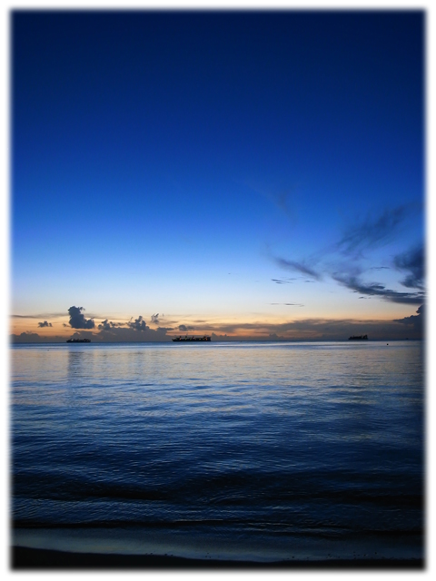 081027_tricolor-02_Saipan.jpg