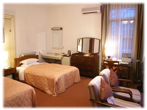 110207_Fujiya_Hotel-02.jpg