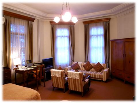 110207_Fujiya_Hotel-03.jpg